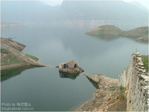 摄影: 哈巴雪山2002年6月; 潘龙湖风景区介绍;; 潘家口水下长城风景区